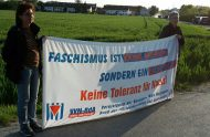 Protest auf freiem Feld: Mitglieder der VVN-BdA